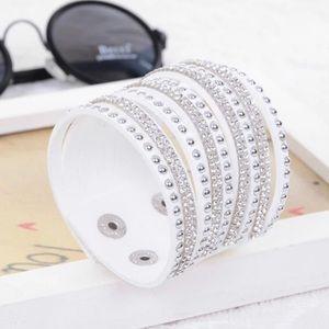 Jewelry - ☀️• W h i t e Crystal Vegan Leather Bracelet •☀️